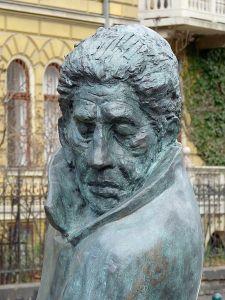 Arthur Koestler Statue Budapest