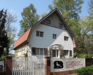 Brecht-Weigel-Haus_Buckow_01