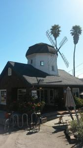 The Windmill, Santa Cruz