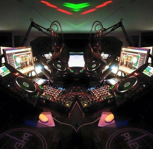 PHEVER studios